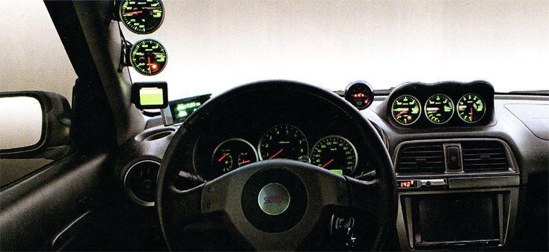 Приборная панель Subaru Impreza